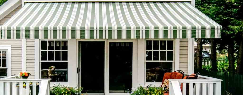 Best Retractable Awnings 2019 Reviews Amp Buyer S Guide