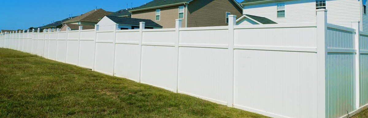 Best Vinyl Fence 2019 – Reviews And Buyer's Guide