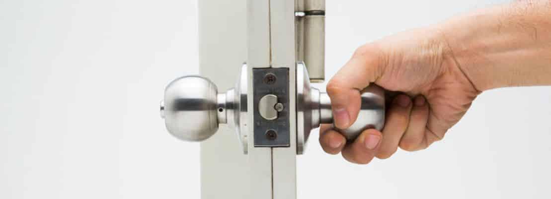 Best Door Security Bars & Door Jammers 2019- Reviews ...