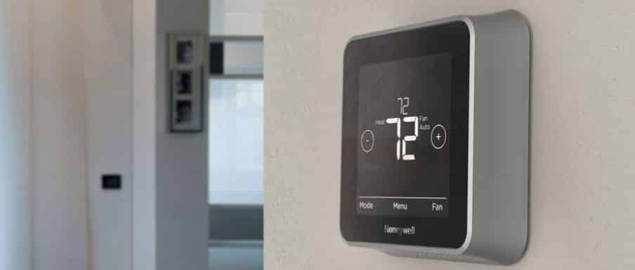 Honeywell Lyric T5 Vs Nest Learning Thermostat:Which One Is Better?